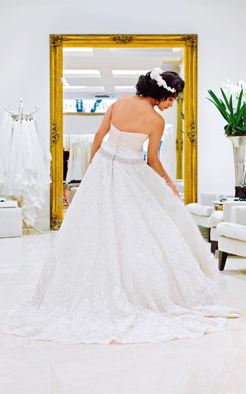 Meet the caroline castigliano brides paying up to 40 000 for Paying for a wedding dress