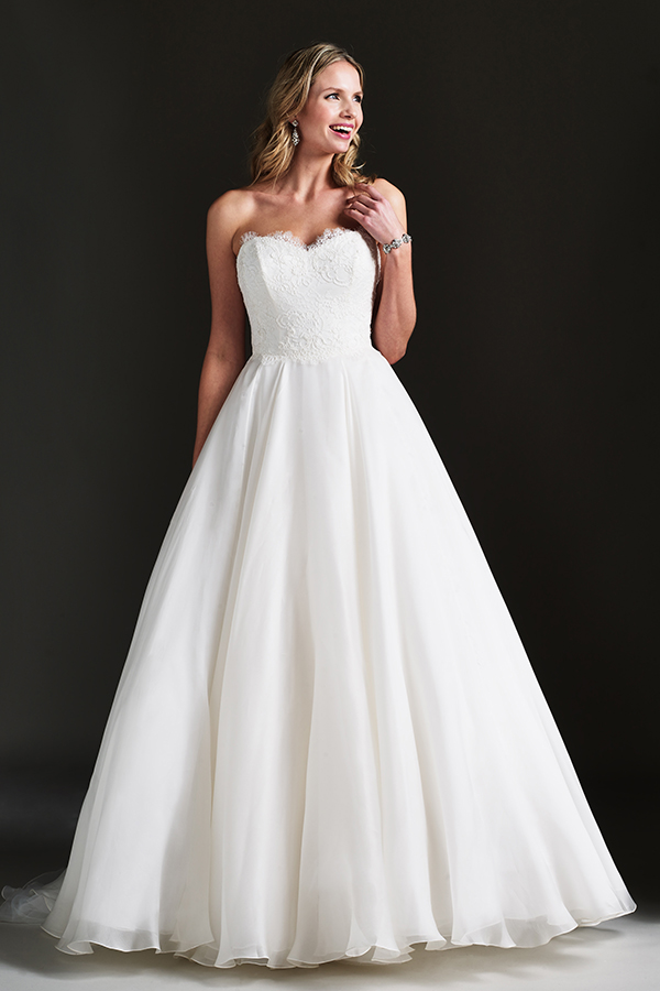 Finding The Right Wedding Dress For Your Body Caroline