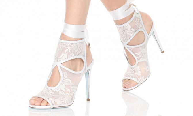 Aquazzura-Heels-Sexy-thing-bridal-105-White-Nappa-perlatalacemesh-Dressed