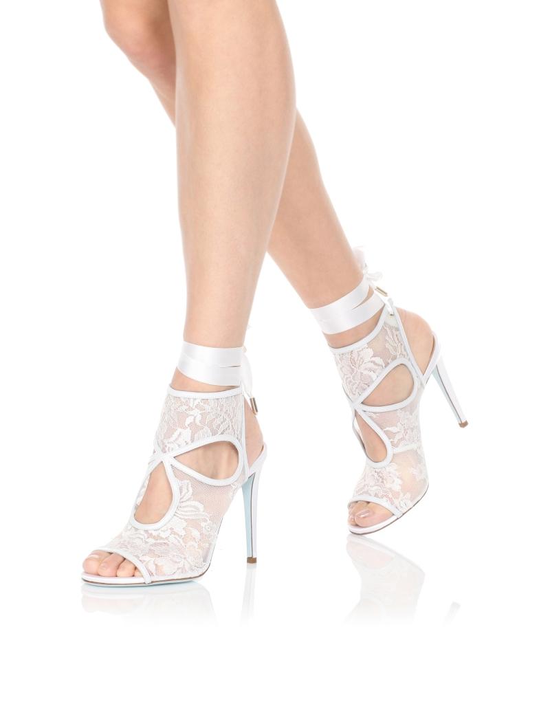 Aquazzura-Heels-Sexy-thing-bridal-105-White-Nappa-perlatalacemesh-Dressed