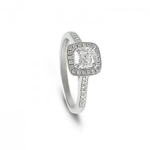 Cushion_Cut_Halo_Ring