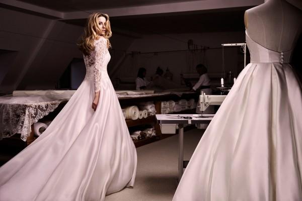 Bellini designer wedding dresses by Caroline Castigliano