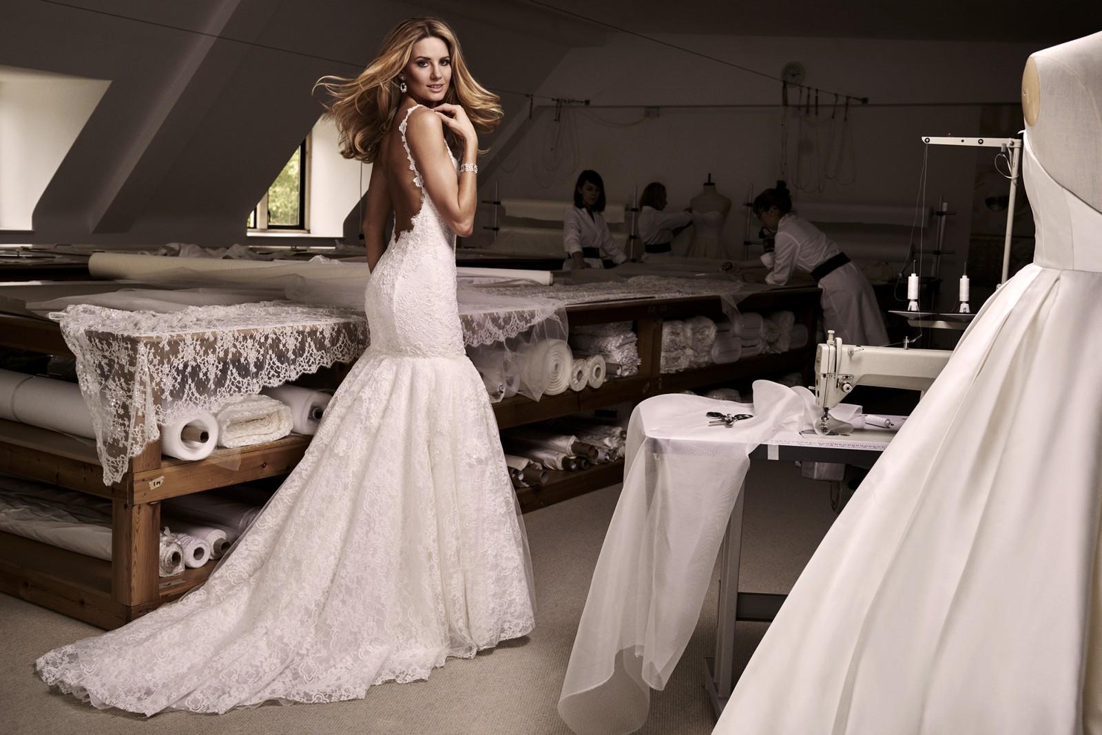VALENTINA Wedding Dress | Caroline Castigliano