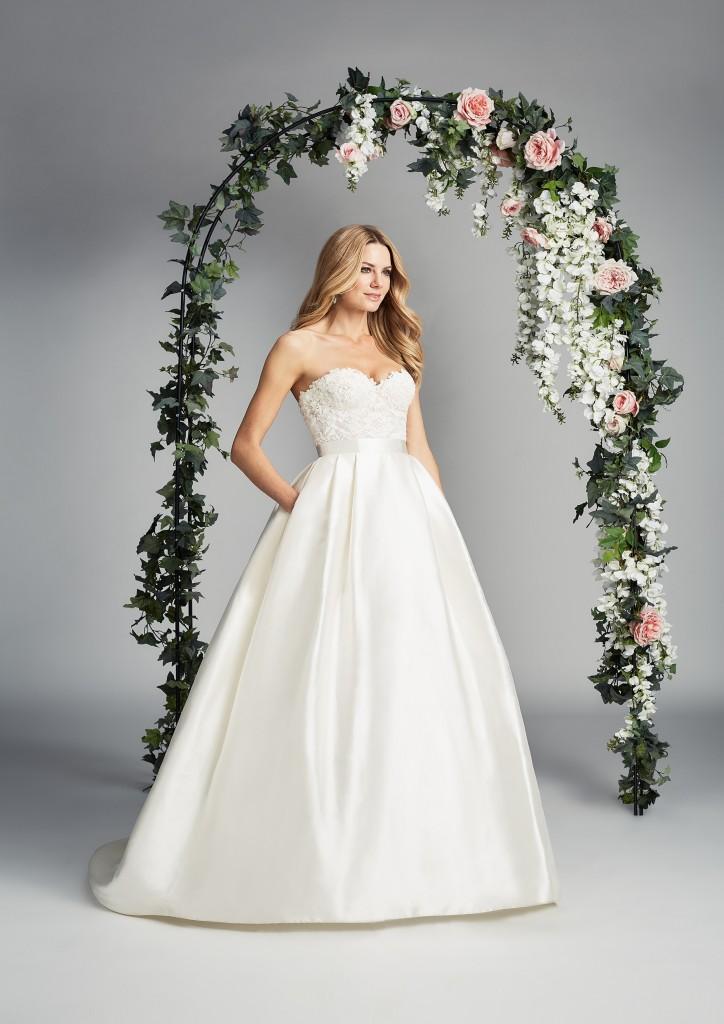 Everlasting designer wedding dress by Caroline Castigliano