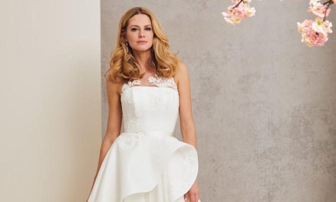 Caroline Castigliano Love Story Designer Wedding Dress