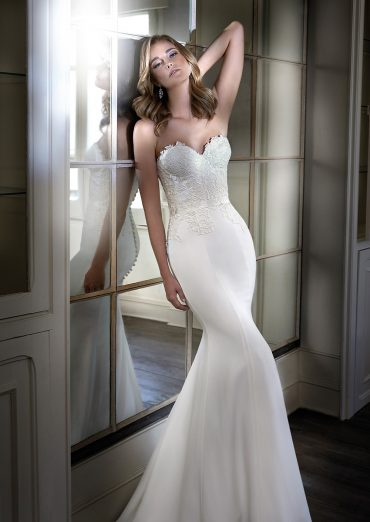 Cara luxury wedding dresses by Caroline Castigliano