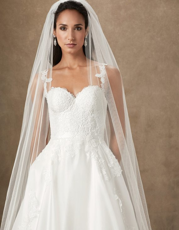 Santa Barbara luxury wedding gowns by caroline castigliano